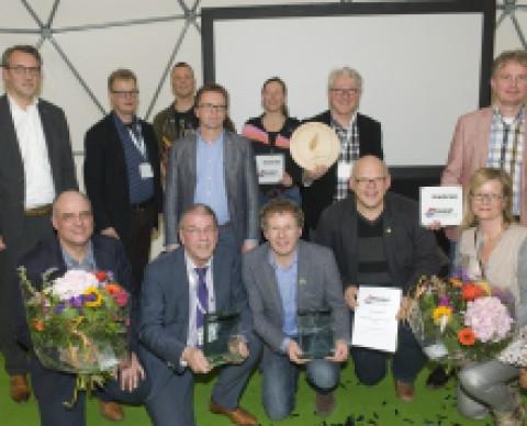 Awards voor Middelharnis en Vroomshop