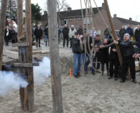 Feestelijke 1e paal seniorenappartementen Hoogwoud en Spanbroek